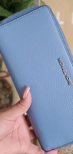 Authentic Mk Large Wallet for Sale in Temecula,  CA