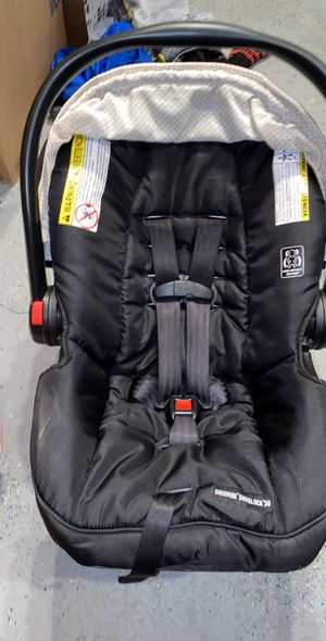 Graco car seat for Sale in Davenport, FL
