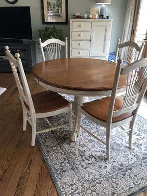 Oak pedestal dining table with cream accents w/ 6 chairs for Sale in Alexandria, VA