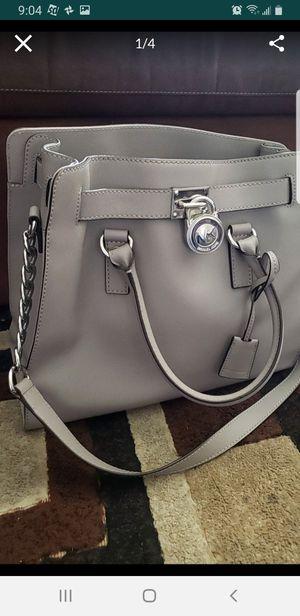 MICHAEL KORS Hamilton Leather Handbag for Sale in Montclair, CA