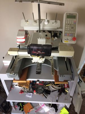 Embroidery machine full set up for Sale in Oxon Hill, MD