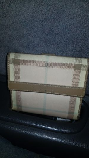 Burberry Trifold Wallet with Coinpurse for Sale in Aurora, CO