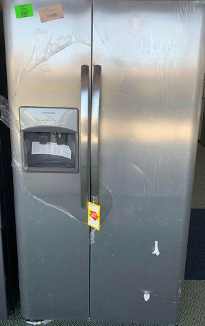 Frigidaire side by side!! New with warranty SNWK for Sale in Houston, TX