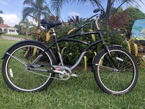 Men's Bicycle/Bike | 2005 Cruiser Classic TREK for Sale in Melbourne, FL