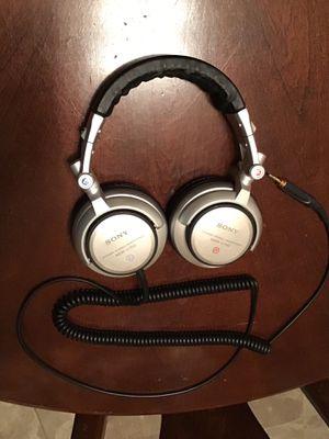 Sony MDR V700 DJ headphones for Sale in Saint Petersburg, FL