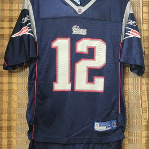 Tom Brady Jersey Patriots#12 Reebok on field youth L (14-16) for Sale in Buffalo, NY