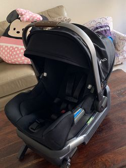 Gently used Nuna Mixx2 infant car seat and base. for Sale in Aliso Viejo,  CA
