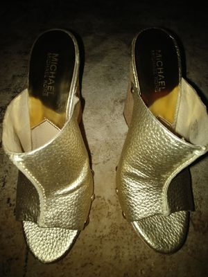 Michael Kors SZ 6 gold open toe wedges for Sale in Walkersville, MD