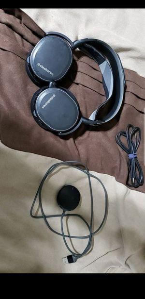 Steeleseries Arctis 7 Wireless Gaming Headphones for Sale in Henderson, NV