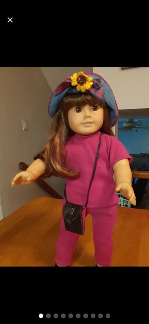 AMERICAN GIRL DOLL for Sale in Joliet, IL