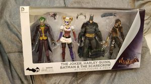 The Joker Harley Quinn Batman and scarecrow 4 pack for Sale in Turlock, CA