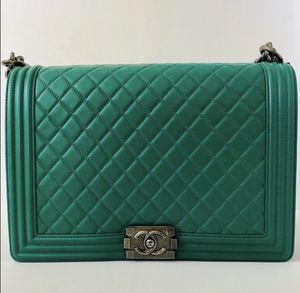 Chanel boy bag medium for Sale in Bel Air, MD