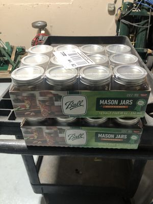 24 8oz mason jars canning jars for Sale in Maple Shade Township, NJ