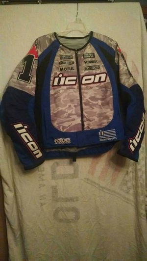 Men's Suzuki Motorcycle Jacket for Sale in Harwood Heights, IL