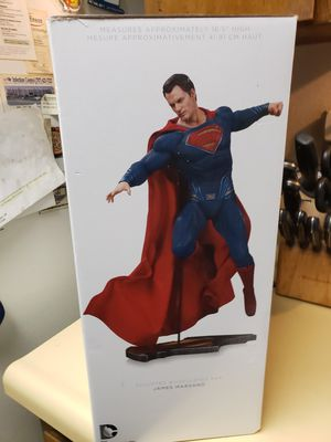 DC Comics Superman Statue for Sale in Vacaville, CA