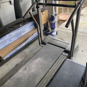 Treadmill for Sale in Yucaipa, CA