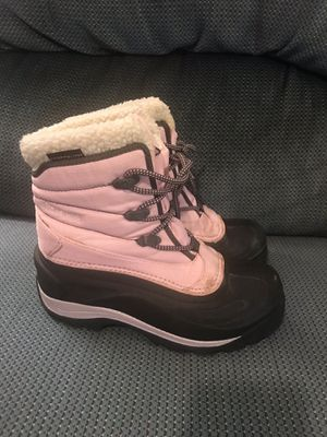Womens Columbia thermalite snow boots size 6 for Sale in Snohomish, WA