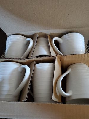 6 cups + 6 bowls for Sale in Modesto, CA