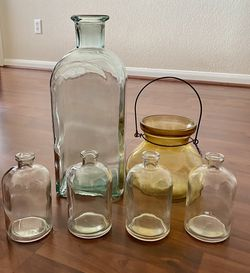 Set Of 6 Pieces Glass Decorations for Sale in Austin,  TX