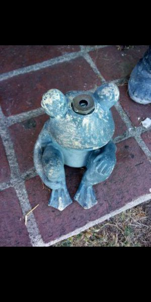 Frog sprinkler for Sale in Santa Fe Springs, CA