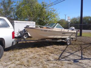 1981 recreational boat, and fishing . for Sale in San Antonio, TX