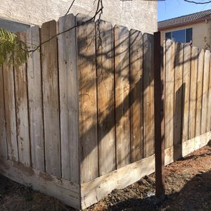 Fence 40 Feet Long and 7 Feet Tall for Sale in Tracy, CA