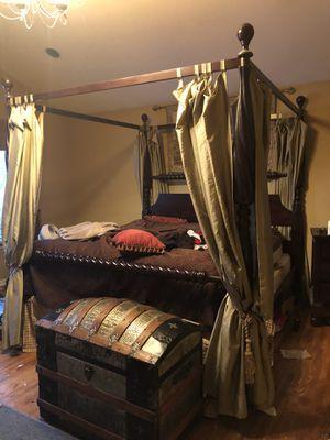 Bedroom set for Sale in Glenview, IL