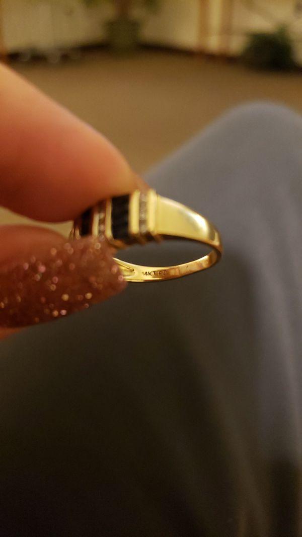 Vintage 14k sapphire and diamond ring