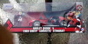 Jada 31196 DC Comics Harley Quinn 1969 Chevy Corvette Stingray 1:24 with Figure for Sale in Pawtucket, RI