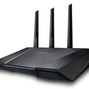 ASUS RT-AC87U AC2400 Dual Band Gigabit WiFi Router for Sale in Los Angeles, CA