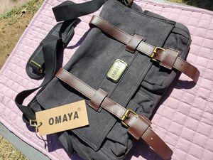 $20 OMAYA SATCHEL BAG for Sale in Las Vegas, NV