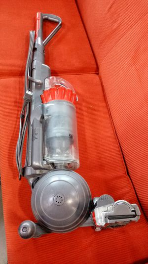 Excellent Dyson DC 40 small ball vacuum for Sale in Mill Creek, WA