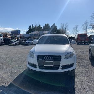 Audi Q7 Clean Title for Sale in Frederick, MD
