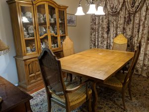 NEW PRICE!! SALE SALE SALE!!! SHOFERS DINING SET for Sale in Owings Mills, MD