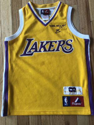 Used Authentic Kobe Bryant Majestic Los Angeles Lakers Gold Jersey Size Small 8 for Sale in Lanham, MD