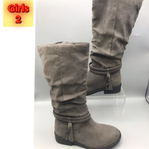 Winter Gray knee hi Girls Boots size 2 for Sale in Red Bank, NJ