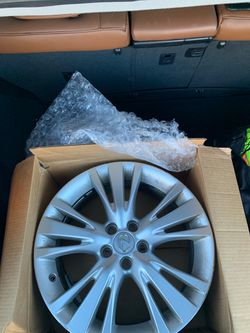 Rim for Lexus Rx350, fit year 2010 through to 15 for Sale in Atlanta,  GA