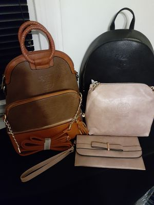Different kind purses for Sale in Cleveland, OH