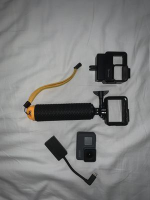 GoPro HERO 5 with accessories for Sale in Brooklyn, NY