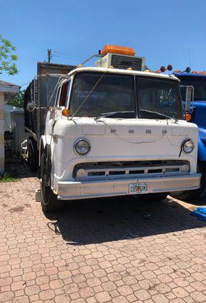 Dump truck for Sale in Lake Wales, FL