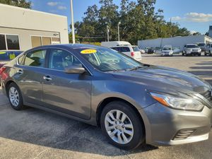 2017 nissan Altima for Sale in Tampa, FL
