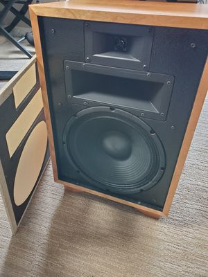 New Klipsch Heresy III - Blonde Capitol Records for Sale in Santa Monica, CA