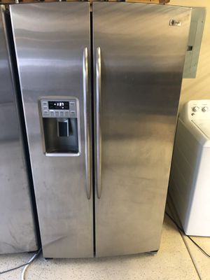 Stainless steel GE profile side by side for Sale in Las Vegas, NV