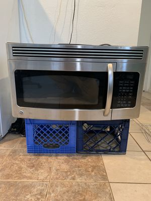 GE Spacemaker® Over-the-Range Microwave Oven for Sale in Oakland, CA