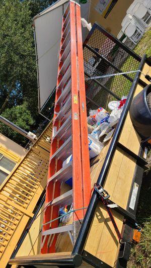 Fiverglass ladder for Sale in Riverview, FL