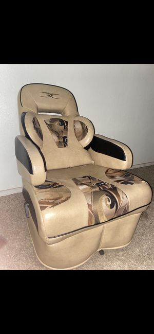 Leather recliner ! for Sale in Phoenix, AZ
