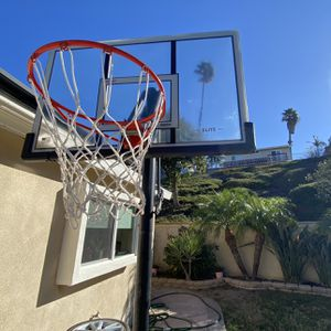 Lifetime Basketball Hoop for Sale in Mission Viejo, CA
