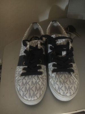 Michael Kors shoes size5 for Sale in Reedley, CA