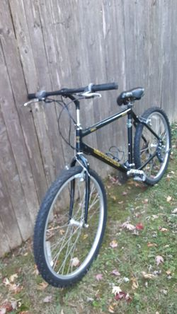 Cannondale bike for Sale in Sudley Springs,  VA