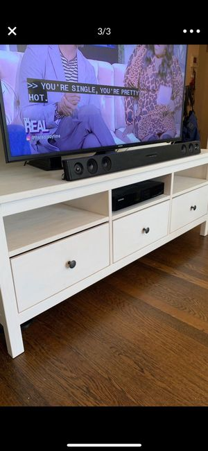 Samsung 55 inch TV w/LG sound bar & subwoofer & TV stand (stand $175) for Sale in Brooklyn, NY